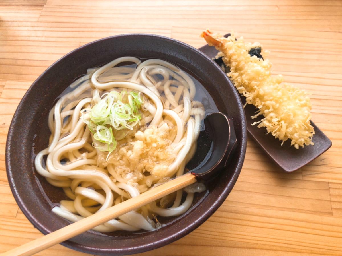 縁(えにし)の天ぷらうどん写真